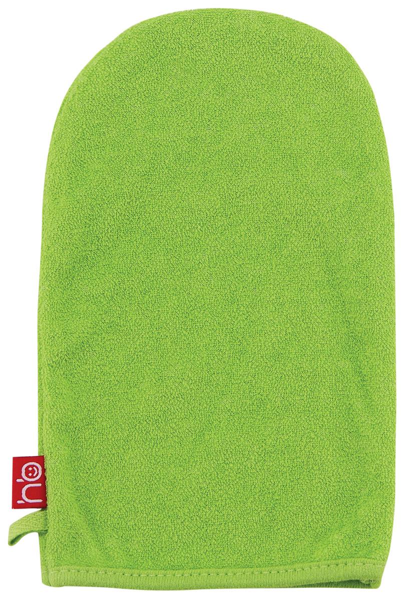 Happy Baby Мочалка-рукавица Wash&Bath цвет зеленый5010777139655Мочалка для детей Happy Baby Wash&Bath выполнена в виде рукавички, которая надевается на руку. Нежная и мягкая варежка из специального материала создана для купания самых маленьких. Мягкая ткань нежно массирует, удаляя загрязнения, оставляя кожу малыша чистой. Через ткань малыш чувствует руку мамы. Варежка Wash&Bath непременно привлечет внимание крохи и станет прекрасным поводом помыться самостоятельно, когда ваш ребенок подрастет.