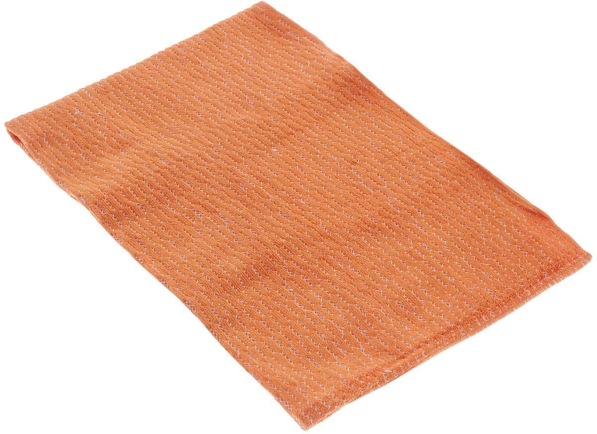 Тряпка из микрофибры VANI Мини-подушечки, супервпитывающая, 50 х 70 смSZ-14Простеганная тряпка VANI Мини-подушечки, выполненная из микрофибры (100% полиэстер), подходит для уборки всех видов поверхностей. Мини-подушечки - специальная обработка ткани для повышенной впитываемости влаги. Материал микрофибра обладает уникальными свойствами: - нить имеет миллионы клинообразных волокон, способных собирать мельчайшие частицы пыли; - нить в десятки раз тоньше нити обычной ткани; - ткань из микрофибры имеет эффект губки и впитывает гораздо больше воды, чем обычная ткань. Тряпку можно эффективно использовать как во влажном, так и в сухом виде. Материал микрофибра, имея внутренний статический заряд, притягивает и удерживает микроскопическую пыль. Тряпка износостойкая, не оставляет разводов. Возможно стирка в стиральной машине.