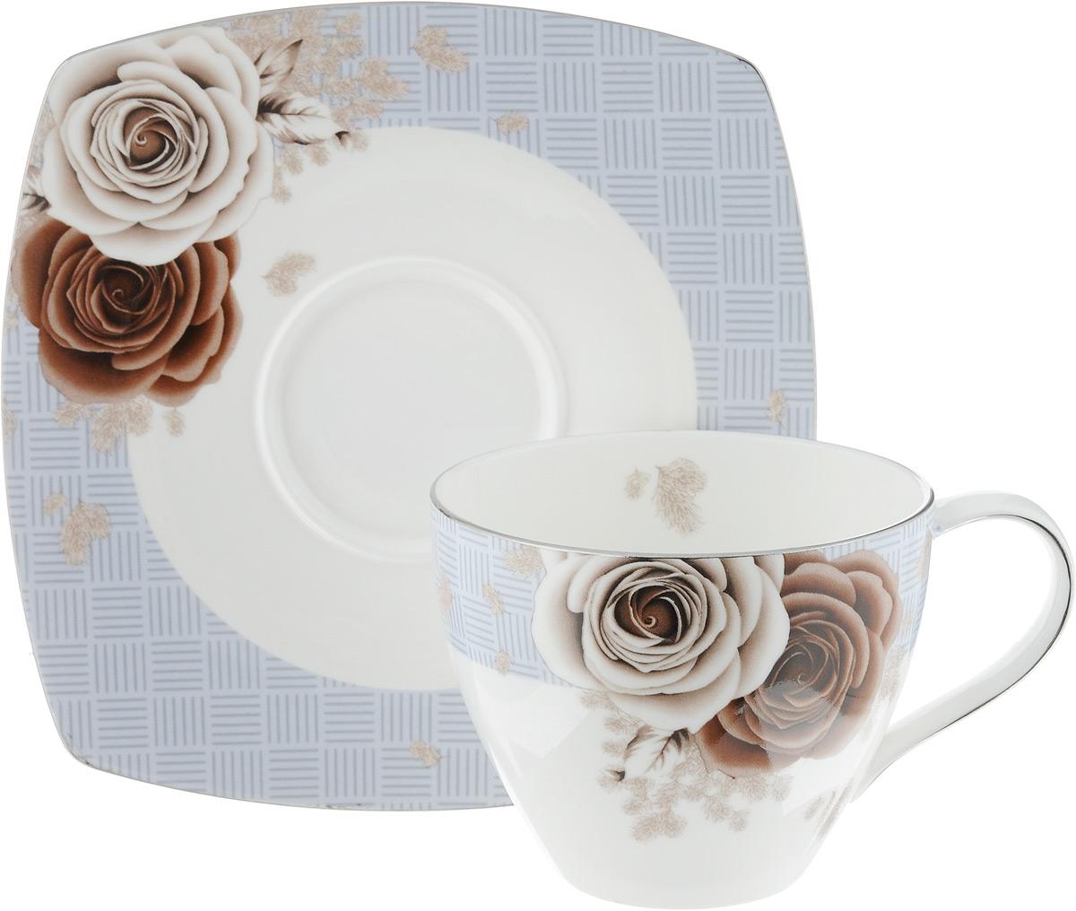 Чайная пара Дэниш, 2 предмета54 009312Чайная пара Дэниш состоит из чашки и блюдца, изготовленных из высококачественного фарфора. Красочность оформления придется по вкусу ценителям утонченности и изысканности. Диаметр чашки по верхнему краю: 9 см. Высота чашки: 7 см. Объем чашки: 280 мл. Размер блюдца: 15,5 см х 15,5 см.