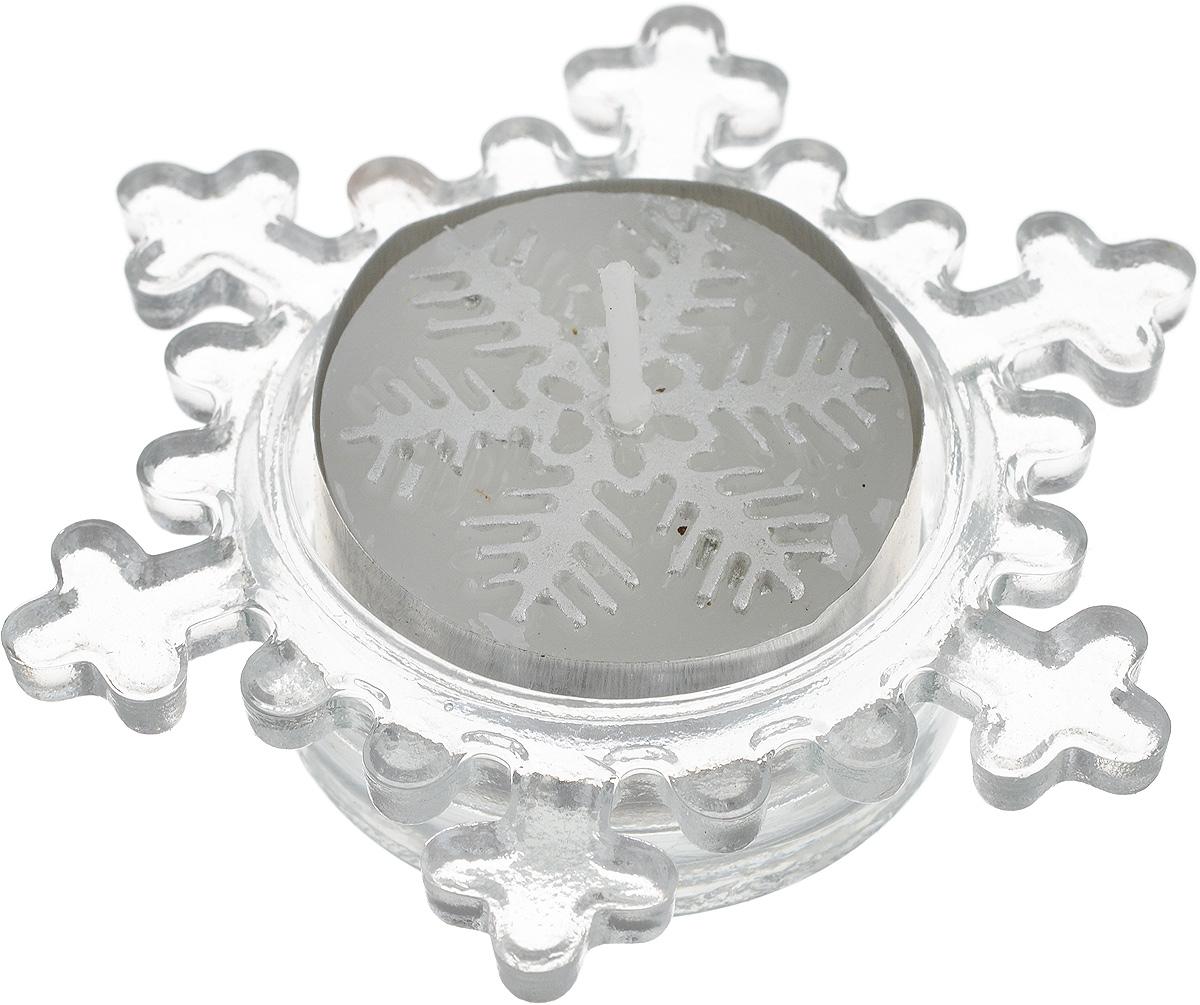 Свеча декоративная Lillo, с подсвечником74-0120Декоративная свеча Lillo выполнена из воска. Свеча помещена в подсвечник в виде снежинки, выполненный из стекла. Свечи - это не только источник света, но и замечательное украшение для вашего праздничного стола и интерьера. Насколько ярким и незабываемым может стать ваш праздник, если в него добавить немного мягкого и завораживающего свечения. Размер подсвечника: 7,8 х 7,8 х 2 см.