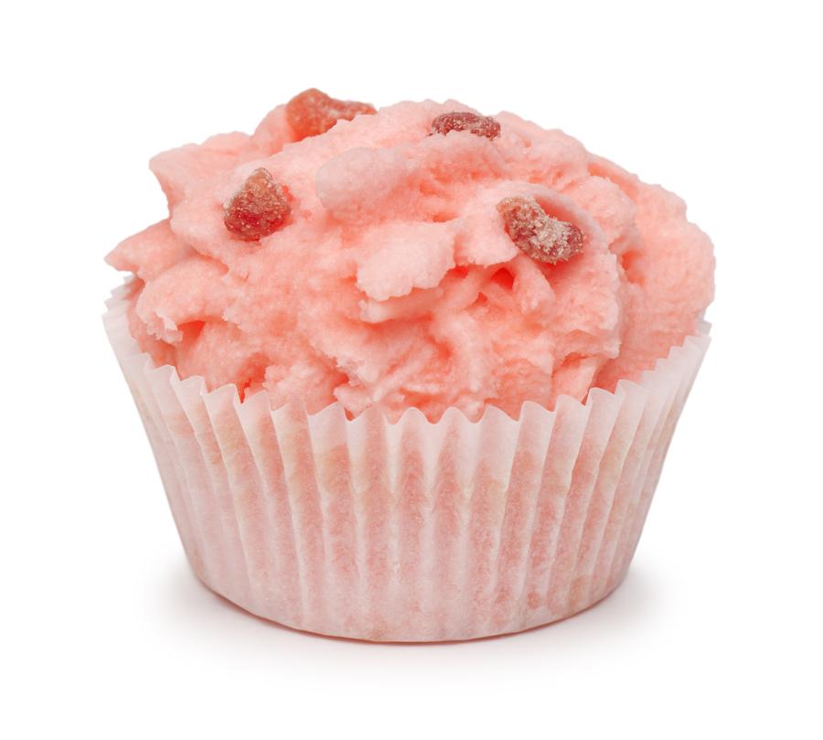 Мыловаров Десерты для ванны Клубника со сливками 2*50грFS-00610Опустите в воду этот волшебный десерт для ванны — и окунитесь в атмосферу романтики и любовного томления. Постепенно растворяясь, этот десерт превратит обычную воду в омолаживающий эликсир, который каждую клеточку вашей кожи зарядит энергией бодрости и сексуальности. Масло ши питает и увлажняет кожу, а какао-масло тонизирует и делает ее упругой и гладкой.