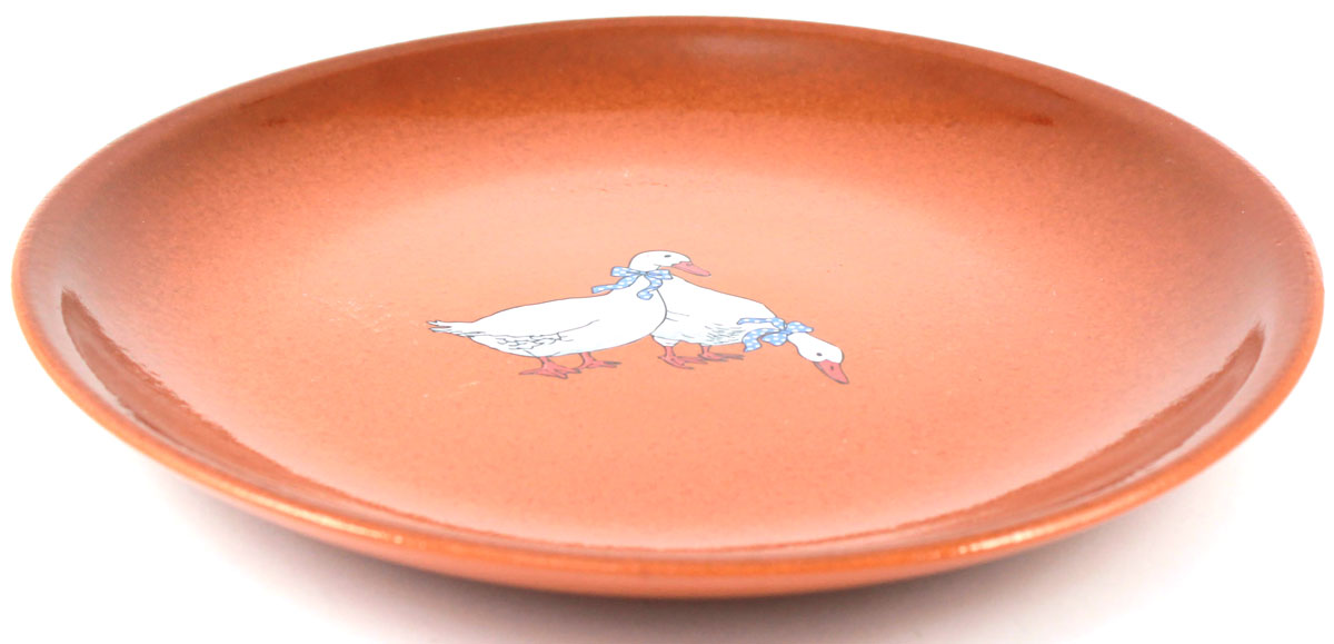 Тарелка десертная Ломоносовская керамика Гуси, диаметр: 21 см. 2ТГ-21115510Тарелка десертная Ломоносовская керамика Гуси изготовлена из высококачественной глины с глазурованным покрытием. Такая тарелка украсит сервировку вашего стола и подчеркнет прекрасный вкус хозяйки, а также станет отличным подарком. Диаметр: 21 см.