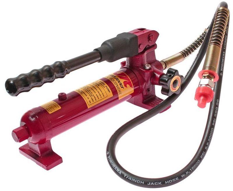 Насос гидравлический JTC, ручной. JTC-HA350AL-500Гидравлический ручной насос JTC обладает надежной высокопрочной конструкцией - специальная защитная система предотвращает утечку рабочей жидкости, а встроенный контрольный клапан исключает вероятность превышения допустимого давления. Подключается к рихтовочному оборудованию посредством штуцера 3/8. Данная модель подходит для активного применения в условиях производства.Давление: 700 бар.Заправочная емкость: 0.35 л.Объем масла за цикл: 0,0032 л;.Штуцер: 3/8 NPT.Размеры: 56 х 19 х 15 мм. (Д/Ш/В)Подходит для цилиндров: JTC-RC458, JTC-RА404, JTC-RC023, JTC-RC101, JTC-RC102, JTC-RC104, JTC-RА106А, JTC-RC1010, JTC-RC1010А.