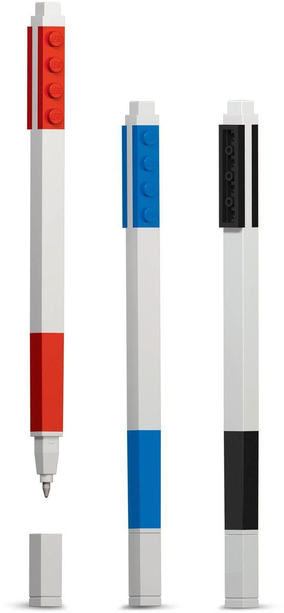 LEGO Набор гелевых ручек 3 цвета51513Набор гелевых ручек из уникальной коллекции канцелярских принадлежностей Lego состоит из 3-х ручек с чернилами красного, чёрного и синего цветов. Ручка имеет пластиковый корпус с резиновой манжеткой, которая снижает напряжение руки. Ручка обеспечивает легкое и мягкое письмо, чернила быстро высыхают, не размазываются. Корпусы ручек дополнены классическими деталями конструктора Lego, что позволяет соединять их между собой.