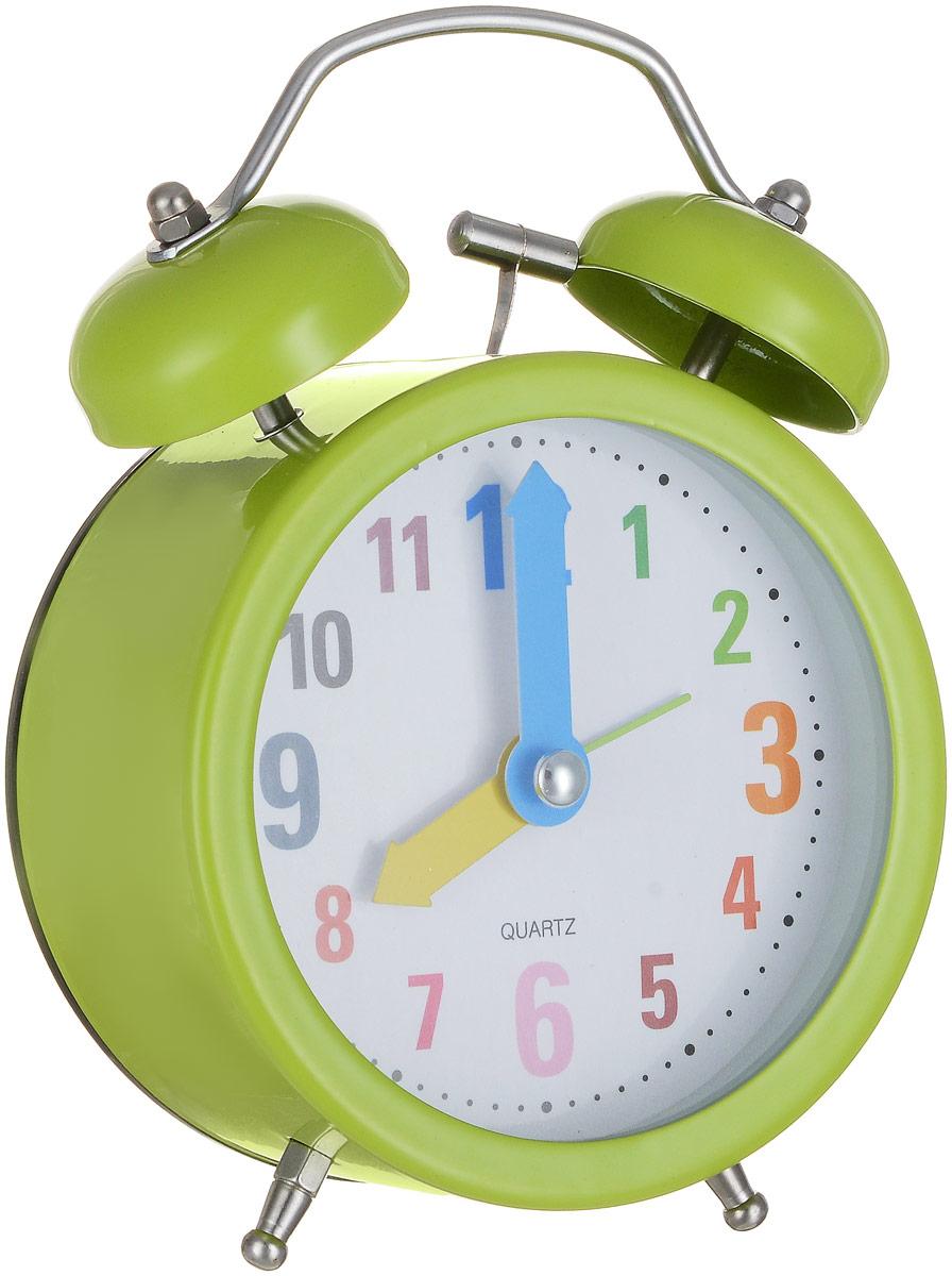 Часы-будильник Sima-land Разноцветные цифры, цвет: зеленый4630011250765Яркий и оригинальный будильник Sima-land Разноцветные цифры поможет вам всегда вставать в нужное время и успевать везде и всюду. Корпус будильника выполнен из металла и пластика. Циферблат имеет разноцветные арабские цифры и цветные стрелки. Будильник украсит вашу комнату и приведет в восхищение друзей. Время показывает точно и будит в установленный час.На задней панели будильника расположен переключатель включения/выключения механизма, а также два колесика для настройки текущего времени и времени звонка будильника. Также будильник оснащен кнопкой, при нажатии и удержании которой, подсвечивается циферблат. Будильник работает от 1 батарейки типа AA напряжением 1,5V (не входит в комплект).