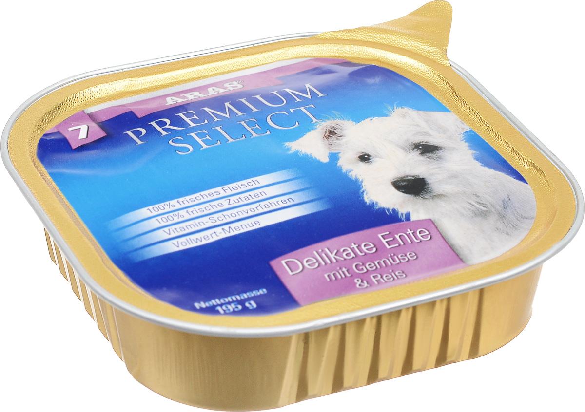 Консервы для собак Aras Premium Select, с уткой, овощами и рисом, 195 г101246Повседневный консервированный корм Aras Premium Select подходим для собак всех пород и всех возрастов. При производстве корма используются исключительно свежие натуральные продукты: мясо утки и говядины, овощи, рис и экстракт масла зародышей зерна пшеницы холодного отжима (Bio-Dura). Благодаря уникальной технологии, схожей с технологий Souse Vide, при изготовлении сохраняются все натуральные витамины и минералы. Это достигается благодаря бережной обработке всех ингредиентов при температуре менее 80 градусов. Такая бережная обработка продуктов не стерилизует продуктовые компоненты, поэтому корма не нуждаются ни в каких дополнительных вкусовых добавках и сохраняют все необходимые полезные вещества.Не содержит химических красителей, усилителей вкуса, искусственных консервантов, химических добавок и ГМО. Состав: мясо (утка/говядина) 95%, овощи 2%, рис 1%, экстракт зародышей пшеницы холодного отжима 2%. Пищевая ценность: белки 12,7%, жиры 6,7%, зола 2,1%, клетчатка 0,7%, влажность 77,3%. Товар сертифицирован.