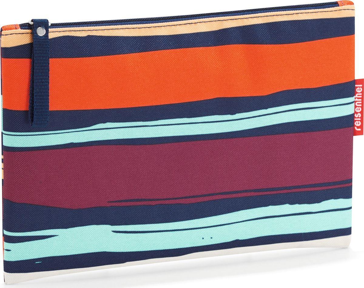 Косметичка женская Reisenthel Case 1 Artist Stripes, цвет: темно-синий, оранжевый. LR30583607869410673Компактная косметичка закрывается на молнию. Подкладка обеспечивает дополнительную прочность. Материал – высококачественный полиэстер. Отлично подойдет для повседневного использования.