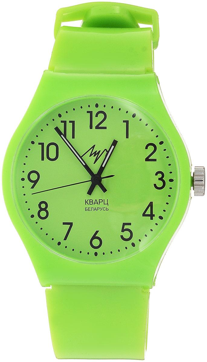 Наручные часы для мальчика Луч, цвет: салатовый. 728737915BM8434-58AEЯркие пластиковые кварцевые часы Луч для мальчика с японским механизмом Miyota и центральной секундной стрелкой. Выполнены из высококачественного пластика. Выдерживают воздействие многократных ударов с ускорением 150м/с при длительности ударов от 2 до 15 м/с. Имеют круглый пластиковый корпус со слегка выпуклым пластиковым устойчивым к царапинам стеклом. Продолжительность непрерывной работы 12 месяцев. Сменная батарея.