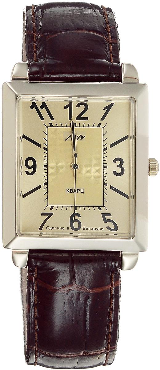 Наручные часы мужские Луч, цвет: коричневый, золотистый. 334437474BP-001 BKКварцевые часы Луч с японским механизмом Miyota и центральной секундной стрелкой имеют прямоугольный золотистый металлический корпус. Циферблат с органическим стеклом, арабскими цифрами и отметками так же выдержан в золотистой гамме. Покрытие: нитридциркония - гипоаллергенный материал, сохраняющий полезные свойства циркония. Ремешок выполнен из натуральной кожи с лаковым покрытием. Часы выдерживают воздействие многократных ударов с ускорением 150м/с при длительности ударов от 2 до 15 м/с. Продолжительность непрерывной работы 12 месяцев. Цвет может отличаться от оригинала.