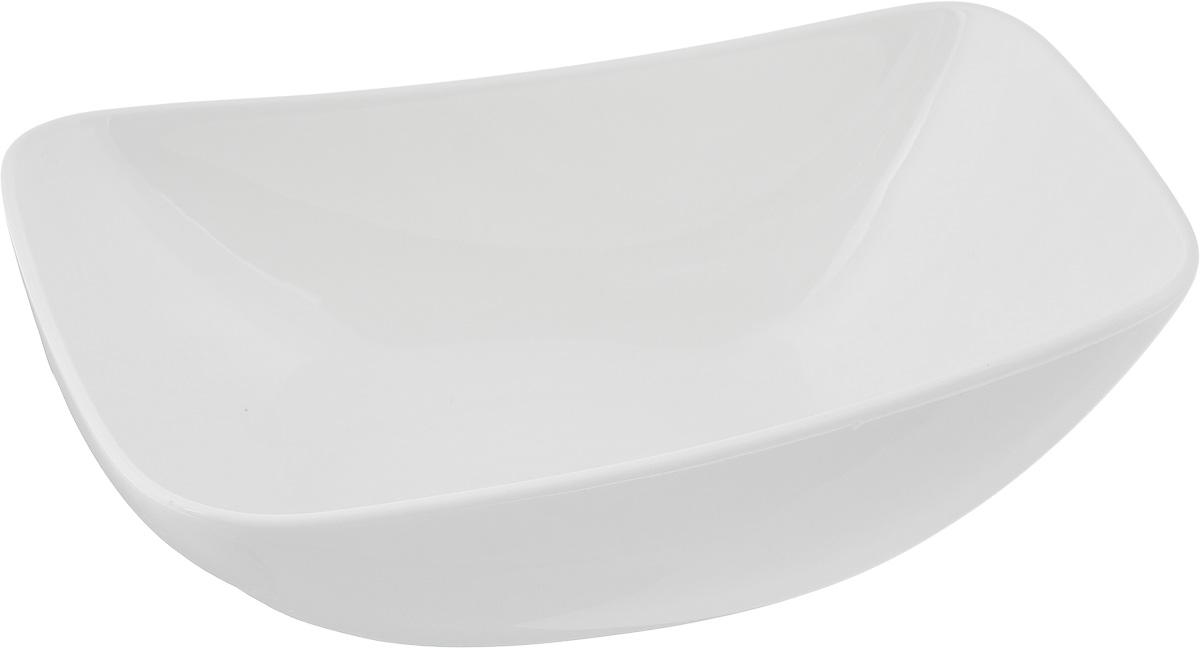 Салатник Ariane Rectangle, 630 мл391602Оригинальный салатник Ariane Rectangle, изготовленный из высококачественного фарфора, имеет оригинальную форму и приподнятый край. Такой салатник украсит сервировку вашего стола и подчеркнет прекрасный вкус хозяина, а также станет отличным подарком.Можно мыть в посудомоечной машине и использовать в микроволновой печи.Размер салатника (по верхнему краю): 19,5 х 13,5 см. Максимальная высота салатника: 7,5 см.