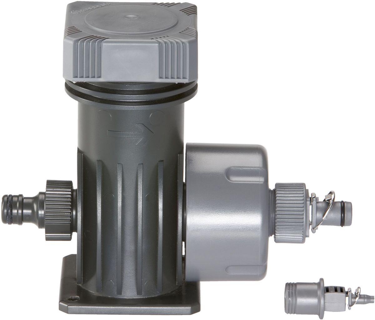 Мастер-блок Gardena, 2000 л/чА00319Мастер-блок Gardena является основным элементом системы микрокапельного полива Gardena Micro-Drip-System. За счет снижения начального давления до рабочего давления (около 1,5 бар) он обеспечивает оптимальную производительность подключенных капельниц и наконечников для полива. Производительность мастер-блока - около 2 000 л/ч. Фильтр высокой эффективности обеспечивает оптимальную фильтрацию воды. Мастер-блок снабжен всеми необходимыми соединителями. Благодаря патентованной технологии быстрого подсоединения Quick & Easy, установка мастер-блока чрезвычайно проста.