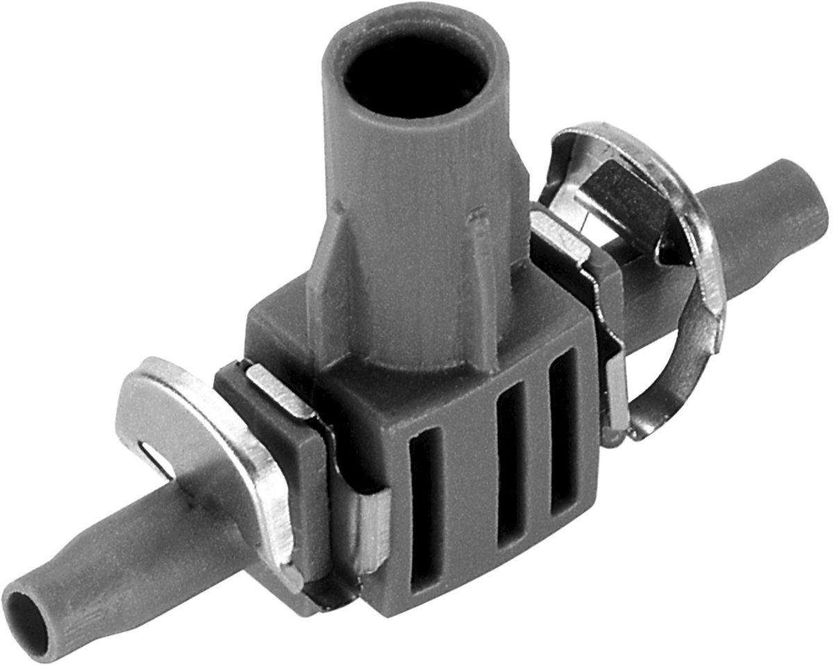 Соединитель Gardena, T-образный, для микронасадок, диаметр 4,6 мм, 5 шт106-026Соединитель Т-образный Gardena является элементом системы микрокапельного полива Gardena Micro-Drip-System и предназначен для крепления микронасадок на подающем шланге 4,6 мм (3/16 дюйма) в паре с направляющей или креплениями. Соединитель оптимально подходит для удлинения микронасадок при использовании надставки. Благодаря патентованной технологии быстрого подсоединения Quick & Easy, крепление капельницы к подающему шлангу диаметром 4,6 мм (3/16 дюйма) выполняется особенно просто. В комплект поставки входят пять Т-образных соединителей и пять заглушек