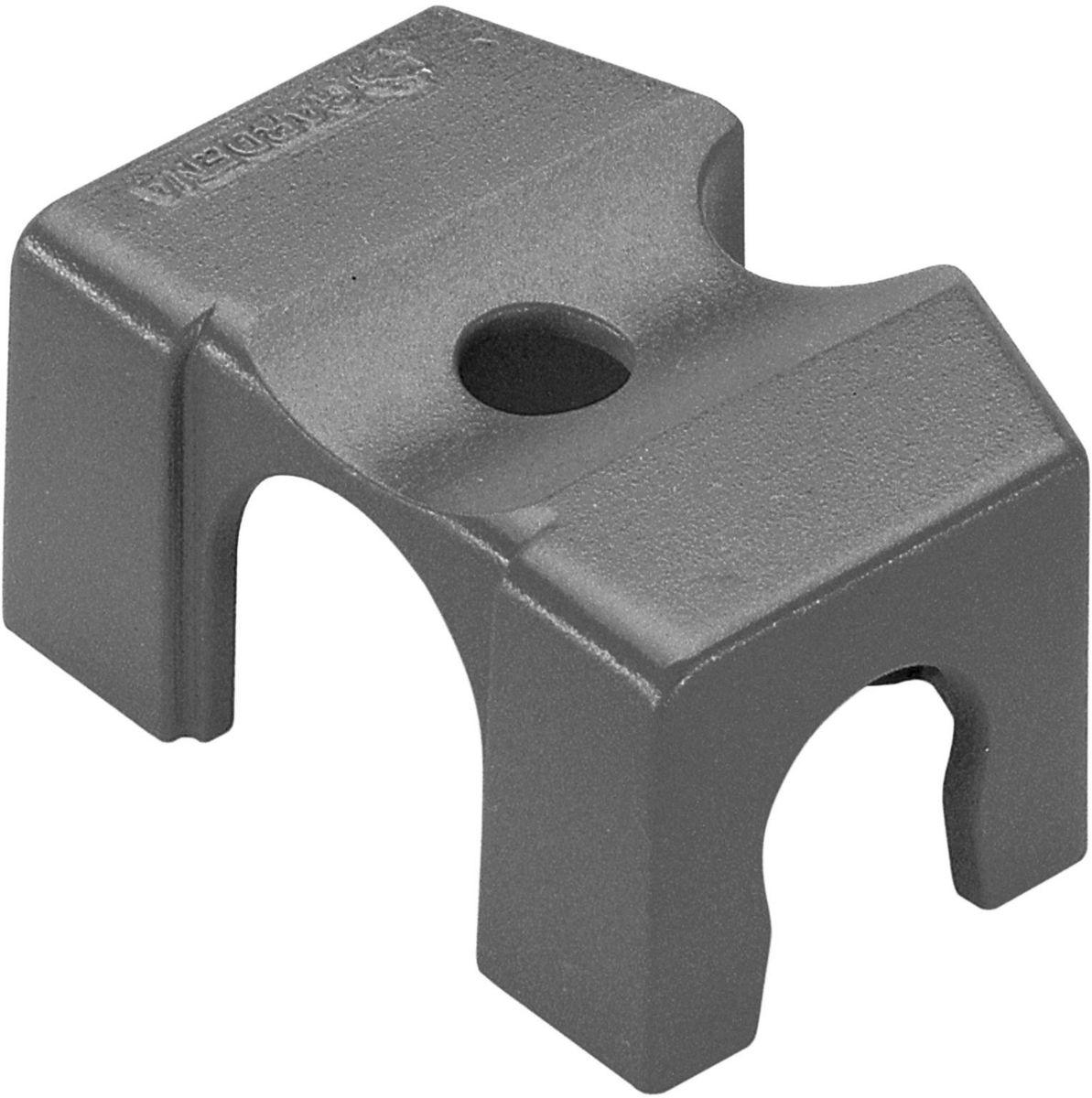Крепление Gardena, резьба 13 мм (1/2), 2 штА00319Крепление Gardena предназначено для простого и надежного закрепления шлангов системы микрокапельного полива Gardena Micro-Drip-System на твердой поверхности. Также крепление используется для закрепления микронасадок на магистральном шланге диаметром 13 мм (1/2 дюйма). Крепление в паре с Т-образным соединителем для микронасадок и надставкой (не входят в комплект) позволяет регулировать высоту микронасадок. В комплект поставки входят два крепления.
