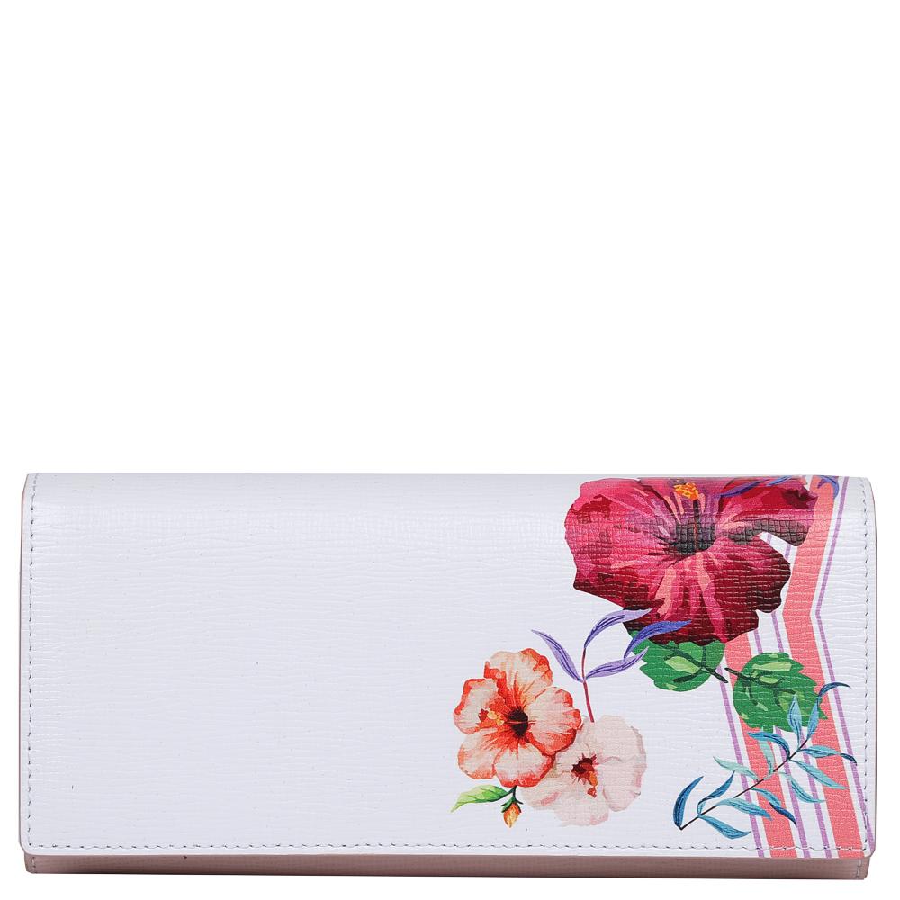 Кошелек женский Leo Ventoni, цвет: белый, розовый. L330988392678Изысканный женский кошелек от итальянского бренда Leo Ventoni выполнен из натуральной кожи с невероятно модным и изысканным тиснением. Элегантное сочетание белого и розового оттенков, а также дизайнерский принт в виде женственных цветов превращают кошелек в элегантный аксессуар, который придется по вкусу любительницам новых тенденций моды. Внутри модели находятся 2 вместительных отделения для купюр, одно из которых закрывается на молнию. Также вы сможете разместить свои дисконтные и кредитные карты с помощью 8 карманов. На тыльной части аксессуара есть глубокий карман на молнии с металлическим поводком. Кошелек закрывается на прочную заклепку.