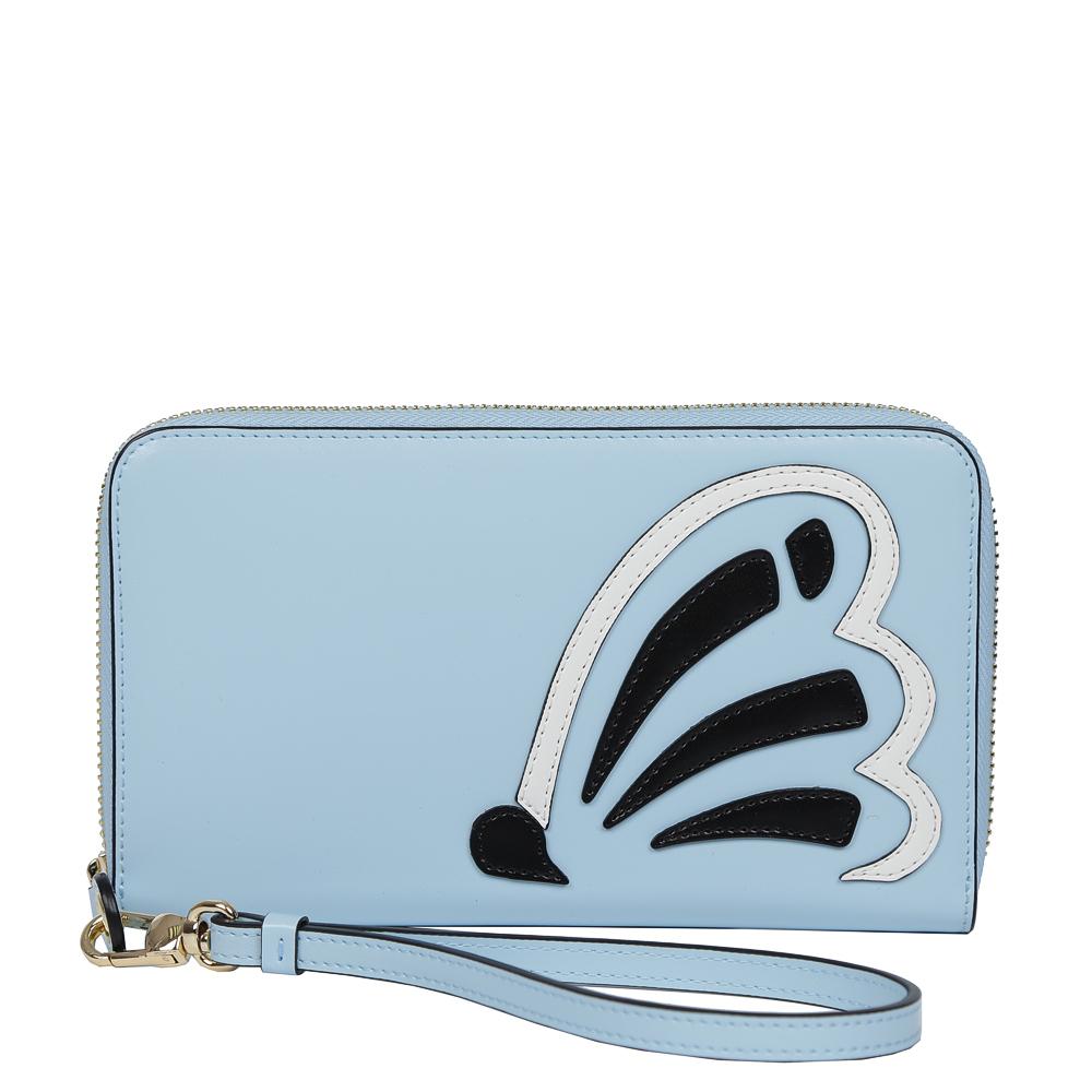 Кошелек женский Leo Ventoni, цвет: голубой. L3309921-022_516Эксклюзивный женский кошелек от итальянского бренда Leo Ventonii выполнен из натуральной кожи с невероятно мягкой и гладкой фактурой. Изысканный голубой оттенок в сочетании с черным и белым цветом превращают кошелек в один из самых актуальных аксессуаров этой весной. Дизайнерская аппликация в виде бабочки понравится всем любительницам современных тенденций моды. Внутри изделия находятся шесть отделений для купюр, одно из которых предназначено для монет и закрывается на удобную молнию. Вы также сможете разместить свои дисконтные и кредитные карточки с помощью 8 карманов. Аксессуар закрывается на молнию с модным поводком.