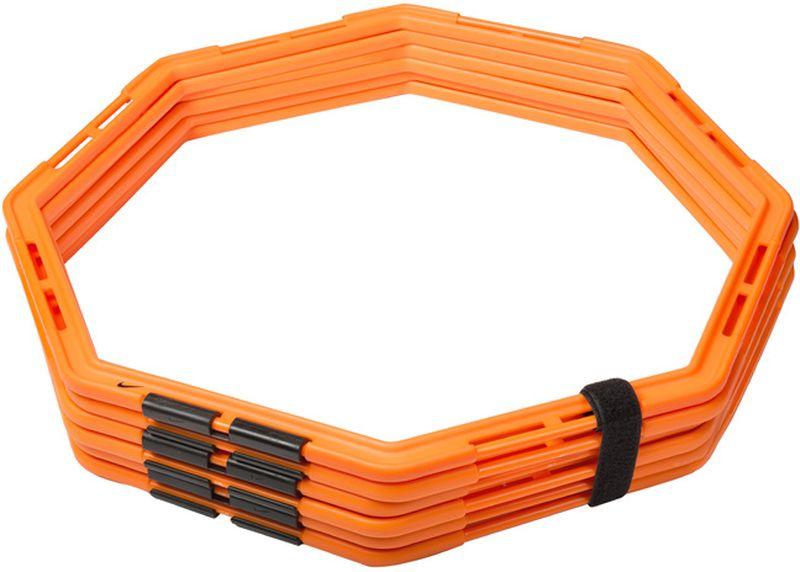 Кольца для тренировок Nike Agility Web120330_white/royalВосьмигранные кольца для тренировок на скорость и ловкость со сменой направлений. Простые в использовании резиновые соединения позволяют создавать разнообразные схемы для упражнений. Прочные, устойчивые к повреждениям кольца идеальны для спорт сменов всех уровней. Легко складываются для компактного хранения. Несколько комплектов могут быть соединены для создания более сложных и долгих упражнений. В комплекте 6 колец.
