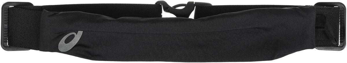 Сумка поясная для бега Asics Waistbelt, цвет: черныйBFB-301 dark blueКомпактная поясная сумка Asics Waistbelt, выполненная из высококачественного спандекса, отлично подойдет для переноски самого необходимого. Сумка содержит одно небольшое основное отделение на застежке-молнии. Отделение закрывается с внутренней стороны. Сбоку имеется петля для подвешивания брелоков или ключей. Поясной ремень фиксируется при помощи пластикового карабина. Длина ремня регулируется.