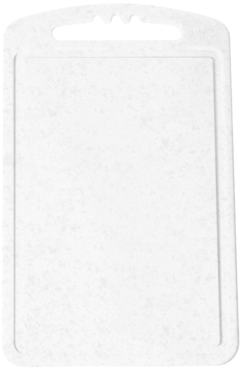 Доска разделочная Plastic Centre, цвет: мраморный, 24 х 15 см94672Разделочная доска малая может применяться для различных видов продуктов. Каждая доска снабжена желобком для стока жидкости для удобства применения. Доска не впитывает запахи, устойчива к воздействию ножом, благодаря чему изделие более долговечно. На кухне рекомендовано иметь несколько досок для различных видов продуктов: мяса, рыбы, хлеба и овощей.