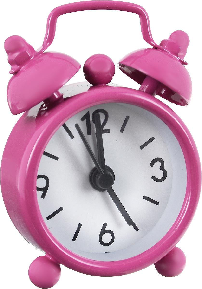 Часы-будильник Sima-land, цвет: фуксия. 11038981103898_фуксияКак же сложно иногда вставать вовремя! Всегда так хочется поспать еще хотя бы 5 минут и бывает, что мы просыпаем. Теперь этого не случится! Яркий, оригинальный мини-будильник Sima-land поможет вам всегда вставать в нужное время и успевать везде и всюду. Эта уменьшенная версия привычного будильника умещается на ладони и работает так же громко, как и привычные аналоги. Время показывает точно и будит в установленный час.На задней панели будильника расположены переключатель включения/выключения механизма, а также два колесика для настройки текущего времени и времени звонка будильника.Будильник работает от 1 батарейки типа LR44 (входит в комплект).