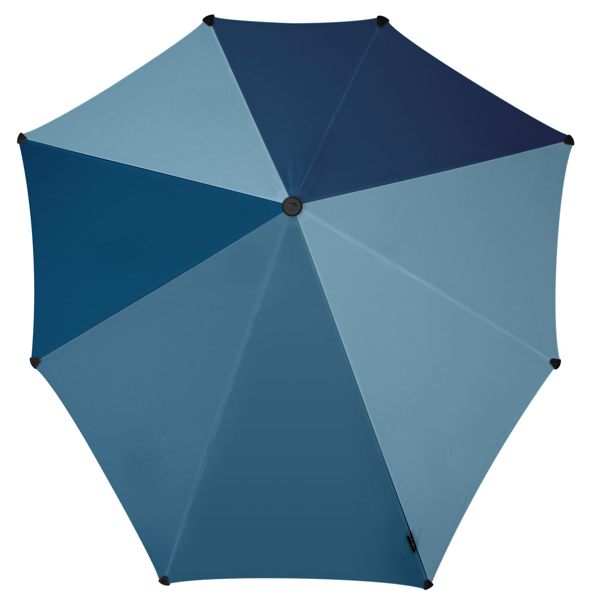 Зонт-трость Senz, цвет: темно-синий. 2011082Колье (короткие одноярусные бусы)Инновационный противоштормовый зонт, выдерживающий любую непогоду. Входит в коллекцию global playground, разработанную в соответствии с современными течениями fashion-индустрии. Вдохновением для дизайнеров стали улицы городов по всему земному шару. На новых принтах вы встретите уникальный микс всего, что мы открываем для себя во время путешествий: разнообразие оттенков, цветов, теней, линий и форм. Зонт Senz отлично дополнит образ, подчеркнет индивидуальность и вкус своего обладателя.Форма купола продумана так, что вы легко найдете самое удобное положение на ветру – без паники и без борьбы со стихией. Закрывает спину от дождя. Благодаря своей усовершенствованной конструкции, зонт не выворачивается наизнанку даже при сильном ветре. Модель Senz Original выдержала испытания в аэротрубе со скоростью ветра 100 км/ч. Характеристики:- тип — трость- выдерживает порывы ветра до 100 км/ч- УФ-защита 50+- удобная мягкая ручка- безопасные колпачки на кончиках спицах- в комплекте прочный чехол из плотной ткани с лямкой на плечо - гарантия 2 года
