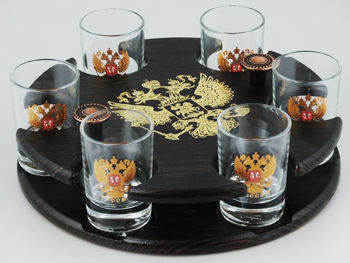 Набор стопок Мусатов Герб, на подставке, 7 предметовVT-1520(SR)Набор Мусатов Герб состоит из 6 стопок и деревянной подставки. Стопки, изготовленные из высококачественного натрий-кальций-силикатного стекла, оформлены красивым зеркальным покрытием и оригинальным орнаментом. Такой набор прекрасно дополнит праздничный стол и станет желанным подарком в любом доме. Стопки разрешается мыть в посудомоечной машине. Диаметр стопки: 4,5 см. Высота стопки: 6,5 см.Диаметр подставки: 21,5 см. Высота подставки: 5 см.