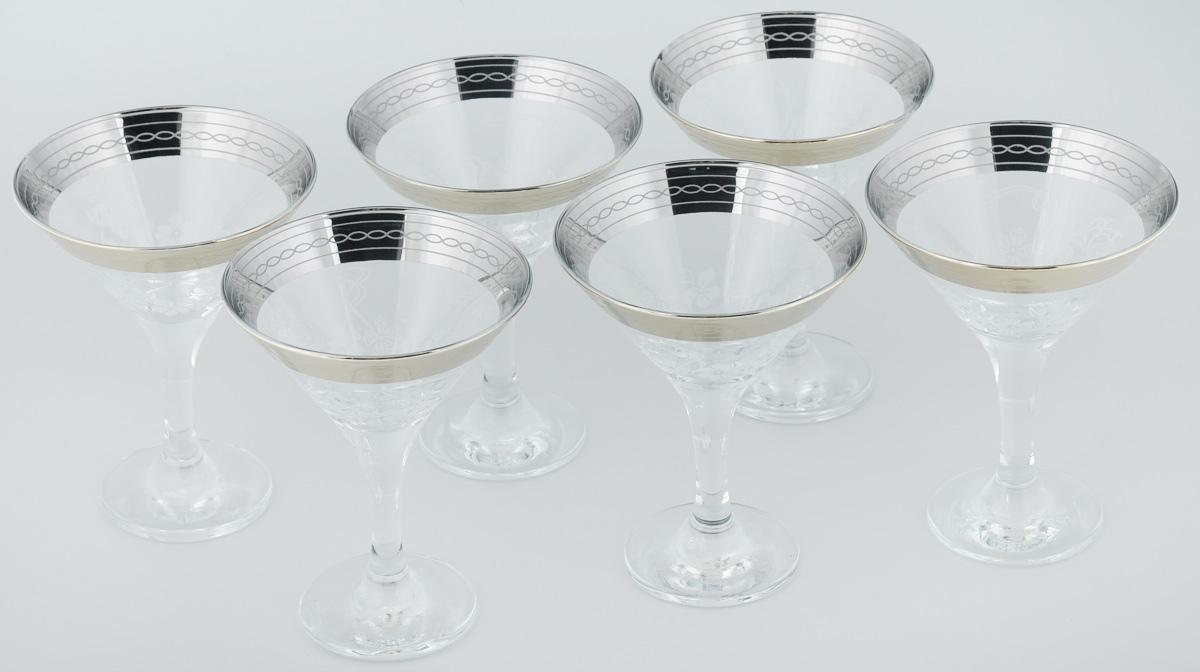 Набор бокалов для мартини Гусь-Хрустальный Батерфляй, 170 мл, 6 штVT-1520(SR)Набор Гусь-Хрустальный Батерфляй состоит из 6 бокалов, изготовленных из высококачественного стекла. Изделия предназначены для подачи мартини. Такой набор прекрасно дополнит праздничный стол и станет желанным подарком в любом доме. Разрешается мыть в посудомоечной машине. Диаметр бокала (по верхнему краю): 10,5 см. Высота бокала: 13,5 см. Диаметр основания бокала: 6,3 см.