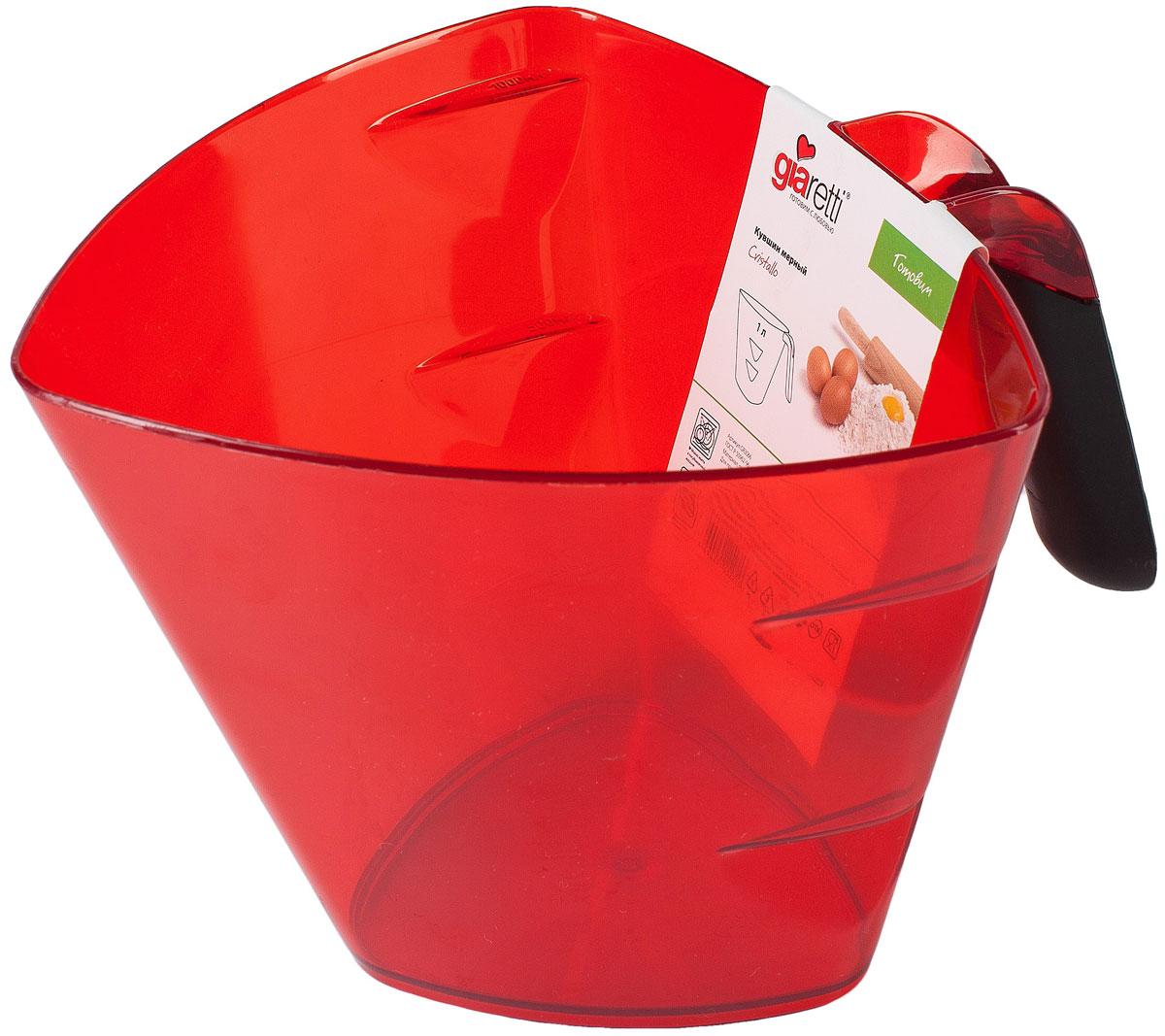 Кувшин мерный Giaretti Cristallo, цвет: красный, 1 лGR3066МИКСМерный кувшин Giaretti Cristallo, изготовленный из высококачественного пластика, вдохновляет на кулинарные победы своим ярким цветом и привлекательным дизайном. На внутренние стенки кувшина нанесена мерная шкала. Кувшин оснащен носиком для удобного слива, а также эргономичной ручкой с противоскользящей вставкой. Такой мерный кувшин придется по душе каждой хозяйке и станет незаменимым аксессуаром на кухне.