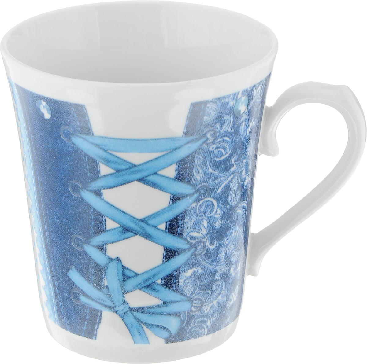 Кружка Фарфор Вербилок Джинс, цвет: белый, синий, голубой, 400 мл54 009312Кружка Фарфор Вербилок Джинс способна украсить любое чаепитие. Изделие выполнено из высококачественного фарфора. Посуда из такого материала позволяет сохранить истинный вкус напитка, а также помогает ему дольше оставаться теплым. Изделие имеет классическую форму ленинградский бокал. Внешние стенки дополнены оригинальным принтом.Диаметр по верхнему краю: 9 см. Высота кружки: 10,5 см.