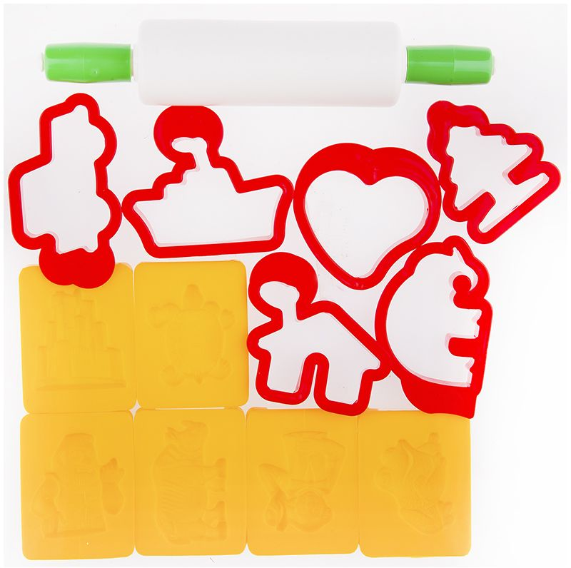 Jovi Набор формочек для лепки 12 шт72523WDНабор пластиковых формочек Jovi предназначен для лепки и моделирования из пластилина, мягкой пасты, теста и других видов масс для лепки. В наборе формы для лепки 12 пластиковых формочек (6 односторонних и 6 сквозных) и скалка. Скалка поможет раскатать материал для лепки, а формочки превратят процесс лепки в увлекательную игру для ребенка.