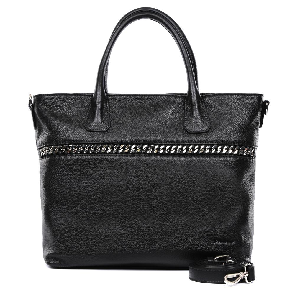 Сумка женская Palio, цвет: черный. 14998A3-018BM8434-58AEЭлегантная женская сумка Palio выполнена из натуральной плотной кожи, которая держит форму и имеет пористую фактуру. Если вы любите роскошный, но не вычурный стиль, эта модель создана специально для вас. Насыщенный черный цвет, лаконичный дизайн и стильная металлическая вставка - все это придаст любому образу нотки современности и яркости. Фурнитура выполненная в серебряном цвете и кожаные поводки завершают дизайн модели, делая его ультрасовременным, но в тоже время очень женственным. Сумка имеет одно вместительное отделение, которое разделено карманом на молнии, вы с легкостью сможете носить с собой нужные папки и документы формата A4. Внутри аксессуара вы расположите свой сотовый телефон и другие женские мелочи за счет удобных карманов. На тыльной стороне дизайнеры разместили вместительный карман, который закрывается на стильную молнию со стальным поводком. В комплекте аксессуар имеет тонкий кожаный ремень, с помощью которого, вы сможете стать самой неотразимой и стильной как на любой деловой встрече, так и в кампании друзей.