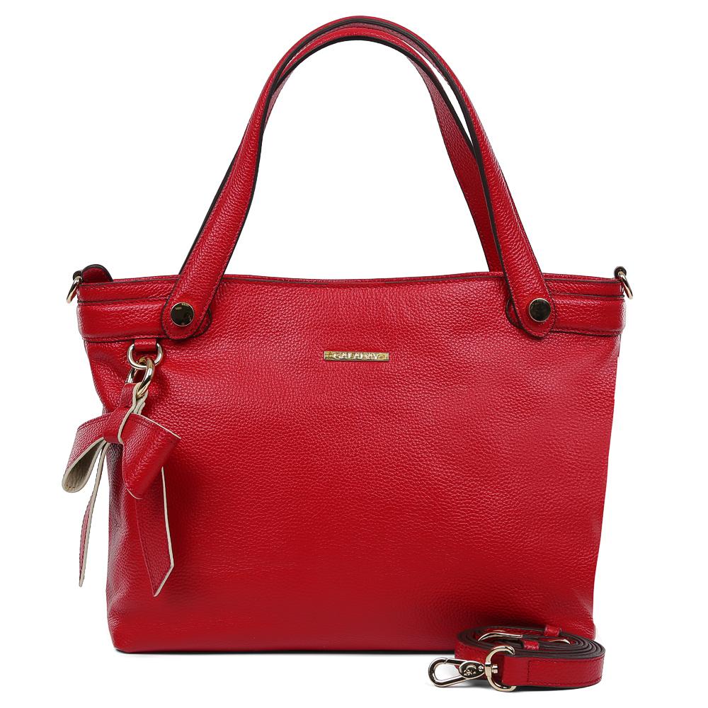 Сумка женская Galaday, цвет: красный. GD7119Q23008Элегантная женская сумка Galaday изготовлена из качественной натуральной кожи. Модель с одним отделением закрывается на застежку-молнию. Внутри имеются дополнительные карманы. С внешней задней стороны сумки расположен врезной карман на застежке-молнии. Сумка оснащена удобными ручками и плечевым ремнем, который можно регулировать по длине.