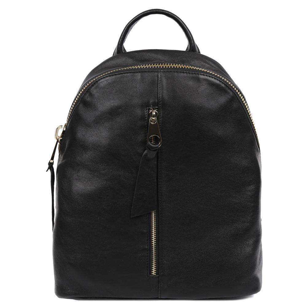 Рюкзак женский Galaday, цвет: черный. GD7372BM8434-58AEЖенский рюкзак Galaday изготовлен из качественной натуральной кожи. Рюкзак имеет одно вместительное отделение и застегивается на застежку-молнию. Внутри отделения находятся дополнительные карманы. Лицевая сторона модели дополнена врезным карманом на молнии. Рюкзак оснащен ручкой для переноски и двумя наплечными ремнями, длину которых можно регулировать.
