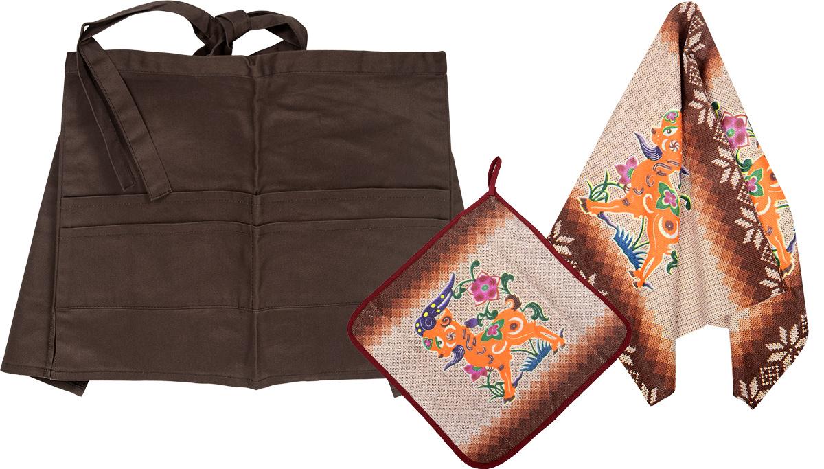 Комплект кухонный Soavita Козочка, 3 предмета. 77512VT-1520(SR)Комплект кухонный Soavita Козочка состоит из полотенца, салфетки и передника. Полотенце и салфетка выполнены из полиэстера с добавлением полиамида и дополнены красочным рисунком. Салфетка по краю окантована и снабжена петелькой. Изделия быстро впитывают влагу, легко стираются и обладают длительным сроком службы. Передник изготовлен из 100% хлопка, он снабжен завязками для крепления на талии и 4 карманами для аксессуаров. В кухонном комплекте Soavita Козочка есть весь необходимый текстиль для кухни. Такой набор порадует вас практичностью и функциональностью, а стильный яркий дизайн гармонично дополнит интерьер кухни. Размер салфетки: 30 х 30 см. Размер полотенца: 38 х 64 см. Размер передника: 67 х 32 см.