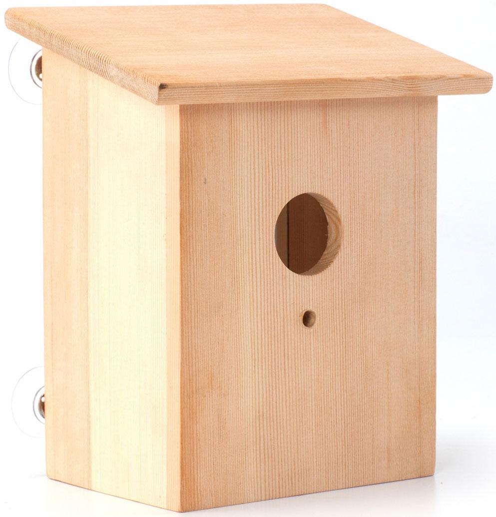 Скворечник Bradex Шпион, 16 х 12 х 19,5 смTD 0312Изучайте живую природу вместе со скворечником для птиц. Прозрачная задняя стенка маленького домика позволит вам наблюдать за пернатыми. Скворечник Bradex Шпион – отличный способ познакомить ребенка с природой и научить его бережно относится к животным, ухаживая за ними, но не оставляя птицу в доме. Скворечник станет замечательным украшением дачи, а щебетание птиц добавит уюта и заставит вспомнить преимущества жизни за городом.