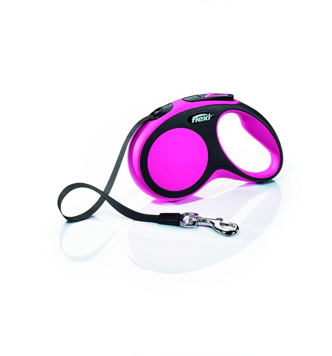 Поводок-рулетка Flexi New Comfort S, лента, для собак весом до 15 кг, цвет: черный, розовый, 5 м28117Ленточный поводок-рулетка обеспечивает собаке свободу движения, что идет на пользу здоровью и радует Вашего четвероногого друга. Рулетка очень проста в использовании. Оснащена кнопками кратковременной и постоянной фиксации. Рулетку можно оснастить - мультибоксом для лакомств или пакетиков для сбора фекалий, LED подсветкой корпуса.Прочный корпус, хромированная застежка и светоотражающие элементы.Лента поводка автоматически сматывается и поводок в процессе использования не провисает, не касается грунта и таким образом не пачкается и не перетирается. Поводок не нужно подбирать руками когда питомец подошел ближе, таким образом Ваши руки всегда чистые. Максимальный вес питомца: 15 кг.Длина: 5 м.