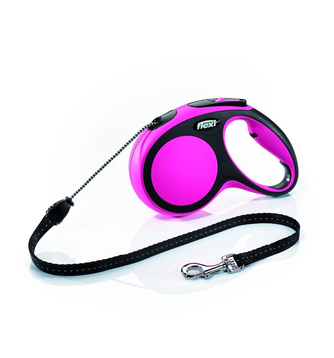 Поводок-рулетка Flexi New Comfort М, трос, для собак весом до 20 кг, цвет: черный, розовый, 5 м0120710Тросовый поводок-рулетка обеспечивает каждой собаке свободу движения, что идет на пользу здоровью и радует вашего четвероногого друга. Рулетка очень проста в использовании. Оснащена кнопками кратковременной и постоянной фиксации. Рулетку можно оснастить - мультибоксом для лакомств или пакетиков для сбора фекалий, LED подсветкой корпуса.Прочный корпус, хромированная застежка и светоотражающие элементы.На рукоятке имеется колесико позволяющее адаптировать размер рукоятки под размер рукиДлина 5 м.Для собак весом до 20 кг.