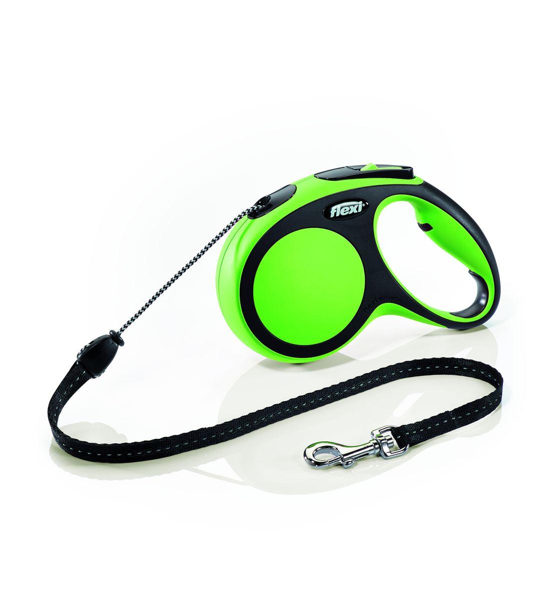 Поводок-рулетка Flexi New Comfort М, трос, для собак весом до 20 кг, цвет: черный, зеленый, 5 м0120710Тросовый поводок-рулетка обеспечивает каждой собаке свободу движения, что идет на пользу здоровью и радует вашего четвероногого друга. Рулетка очень проста в использовании. Оснащена кнопками кратковременной и постоянной фиксации. Рулетку можно оснастить - мультибоксом для лакомств или пакетиков для сбора фекалий, LED подсветкой корпуса.Прочный корпус, хромированная застежка и светоотражающие элементы.На рукоятке имеется колесико позволяющее адаптировать размер рукоятки под размер рукиДлина 5 м.Для собак весом до 20 кг.