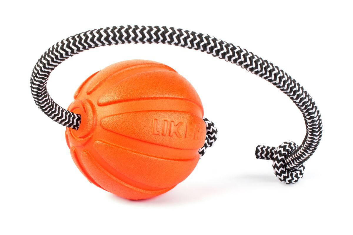 Мячик для собак Liker Корд на шнуре, диаметр 7см5638409Мяч на шнуре Лайкер Корд - идеальная игрушка для поощрения и повышения игровой мотивации собак. Помогает разыграть собаку. Увеличивает интенсивность тренировки. Обеспечивает безопасность рук хозяина: специальный прорезиненный шнур не режет ладонь, создаёт безопасное расстояние между рукой и зубами собаки. Удобен для игр в перетягивание. Легко забрасывается на большое расстояние.Длина шнура: 30 см.