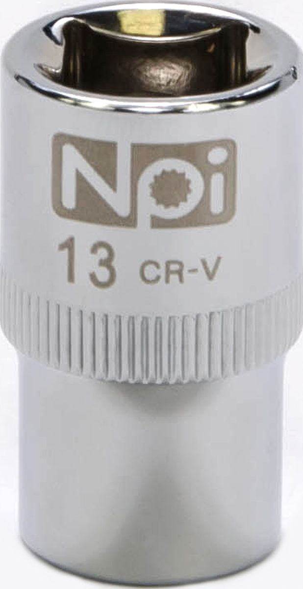 Головка торцевая NPI SuperLock, 1/2, 13 ммCA-3505Торцевая головка NPI выполнена из высокопрочная хром-ванадиевой стали и применяется с гайковертами, трещетками, воротками. Торцевая головка выполнена по технологии Суперлок. Торцевая головка обеспечивает максимальный крутящий момент по отношению к резьбе и выдерживает ударные нагрузки. Размер ключа (метрический): 13 мм.Размер ключа (дюймы): 1/2 .Посадочный размер: 1/2.Длина головки: 38 мм.