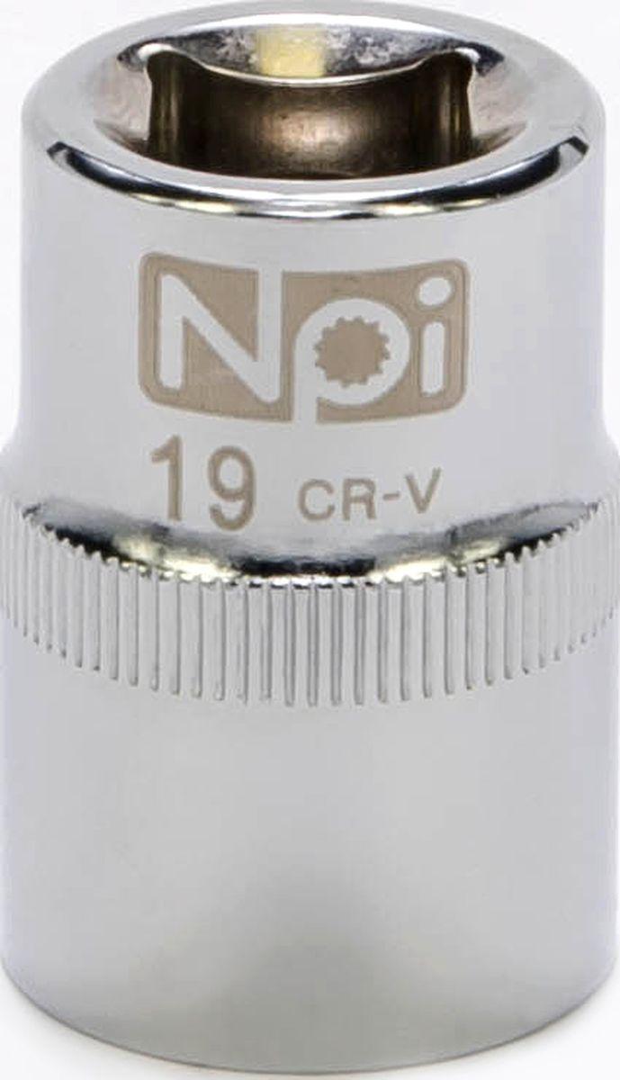 Головка торцевая NPI SuperLock, 1/2, 19 ммCA-3505Торцевая головка NPI выполнена из высокопрочная хром-ванадиевой стали и применяется с гайковертами, трещетками, воротками. Торцевая головка выполнена по технологии Суперлок. Торцевая головка обеспечивает максимальный крутящий момент по отношению к резьбе и выдерживает ударные нагрузки. Размер ключа (метрический): 19 мм.Размер ключа (дюймы): 1/2 .Посадочный размер: 1/2.Длина головки: 38 мм.