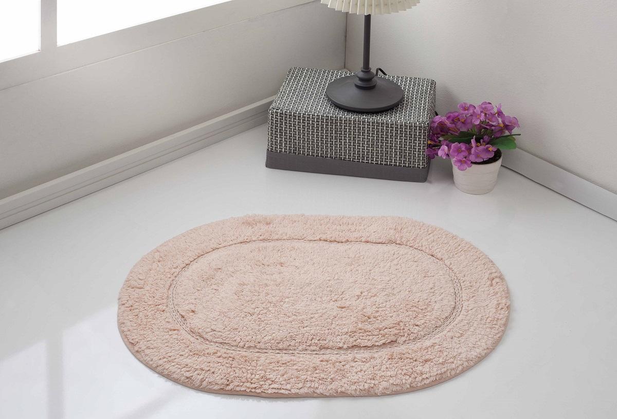 Коврик для ванной Karna Modalin. Galya, цвет: пудровый, 45 х 65 см391602Коврик для ванной Karna выполнен из высококачественного хлопкового волокна. Высочайшее качество материала гарантирует безопасность для всех членов семьи. Коврик не аллергенен, имеет высокую воздухопроницаемость и долгий срок использования ткани.Размер: 45 х 65 см.