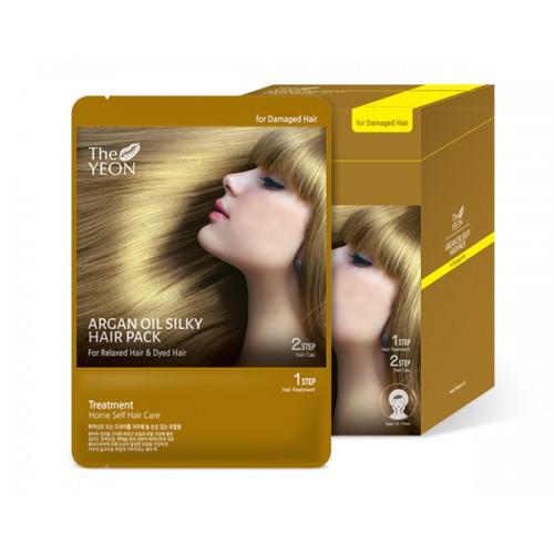 The Yeon Маска для волос с аргановым маслом, 12*25гMP59.4DМаска для волос с аргановым маслом предназначена для сухих и сильно поврежденных волос. Масло камелии, пантенол и компонент Saengmodan – это восстанавливающий волосы комплекс. Масло арганы («масло богов»), обогащено витамином Е, олеиновой кислотой, линоленовой кислотой, которые питают и восстанавливают не только волосы, но и кожу головы. Компонент Saengmodan состоит из 11 ингредиентов, которые насыщают кожу и волосы питательными элементами.