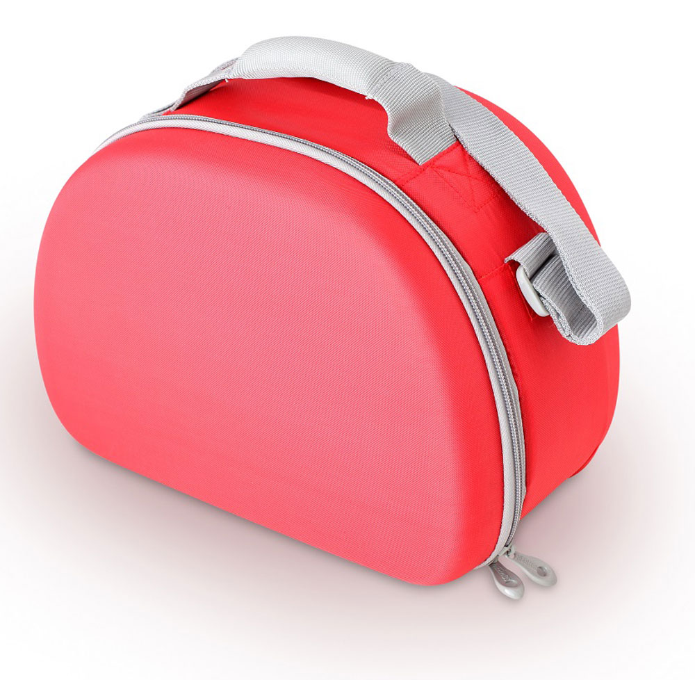 Термосумка Thermos Eva Mold Kit, цвет: красный, 6 л6.295-875.0Thermos Eva Mold Kit -это термосумка, которая очень пригодится в поездке для перевозки косметических и лекарственных средств, требующих поддержания определенных температурных условий хранения. Благодаря ее изоляционному слою, сумка позволяет сохранять продукты свежими, а напитки холодными даже в жару. Объем: 6 л.