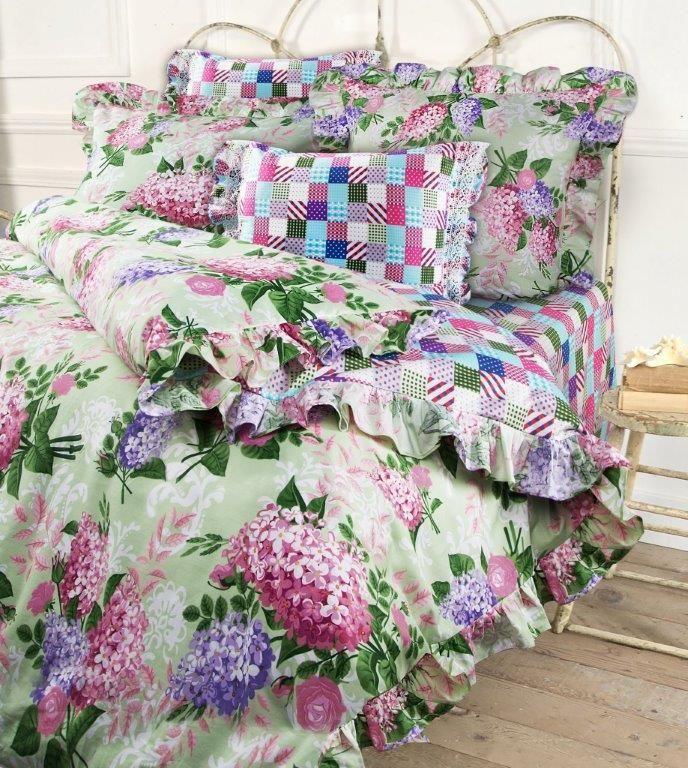 Комплект белья Mona Liza Lilac, 2-спальный, наволочки 50x70, 70x703080-15476Несомненно коллекция оригинальна и все в ней продумано до мелочей. Особого внимания заслуживают оборки и кружево на наволочках и оборки на пододеяльниках. Эта деталь делает коллекцию более романтичной и милой.