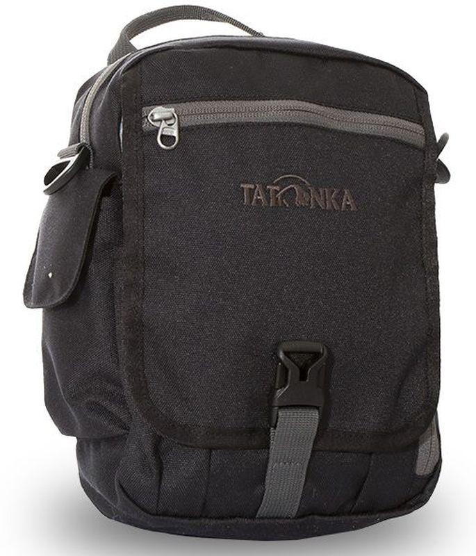 Сумка на плечо Tatonka Check in Clip, цвет: черный, 23 x 17 x 8 смDI.2967.040Вместительная дорожная сумка Tatonka Check in Clip, выполненная из водоотталкивающей ткани, подходит для хранения документов и полезных мелочей в путешествии. Такую сумку можно носить как на плече, так и на поясе. Изделие располагает большим основным отделением с двумя молниями, множеством кармашков и мини-органайзером. Крышка-клапан фиксируется фастексом. Особенности:- петли для переноски на поясе;- съемный плечевой ремень; - ручка для переноски; - органайзер; - множество продуманных отделений; - боковой карман для телефона. - фирменный логотип. - водоотталкивающая ткань и прочные молнии.