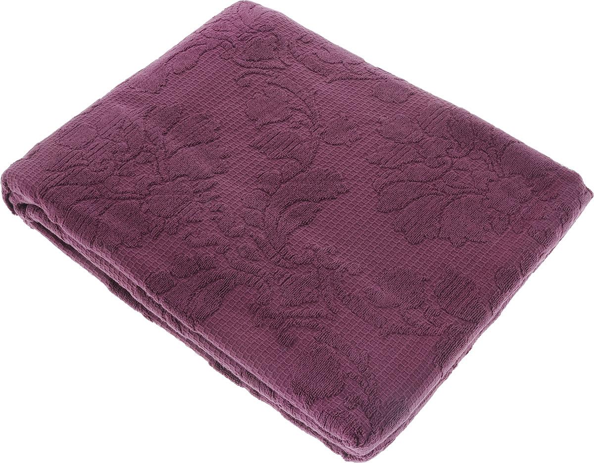 Покрывало махровое Toalla, цвет: фиолетовый, 160 x 200 смBH-UN0502( R)Махровое покрывало Toalla выполнено из 100% хлопка и оформлено рельефным цветочным принтом. Ткань покрывала обладает высокой плотностью и мягкостью, отличается высоким качеством и длительным сроком службы. Египетский хлопок не содержит линта (хлопковый пух), поэтому на ткани не образуются катышки даже после многократных стирок и длительного использования. Такое покрывало гармонично впишется в интерьер вашего дома и создаст атмосферу уюта и комфорта.
