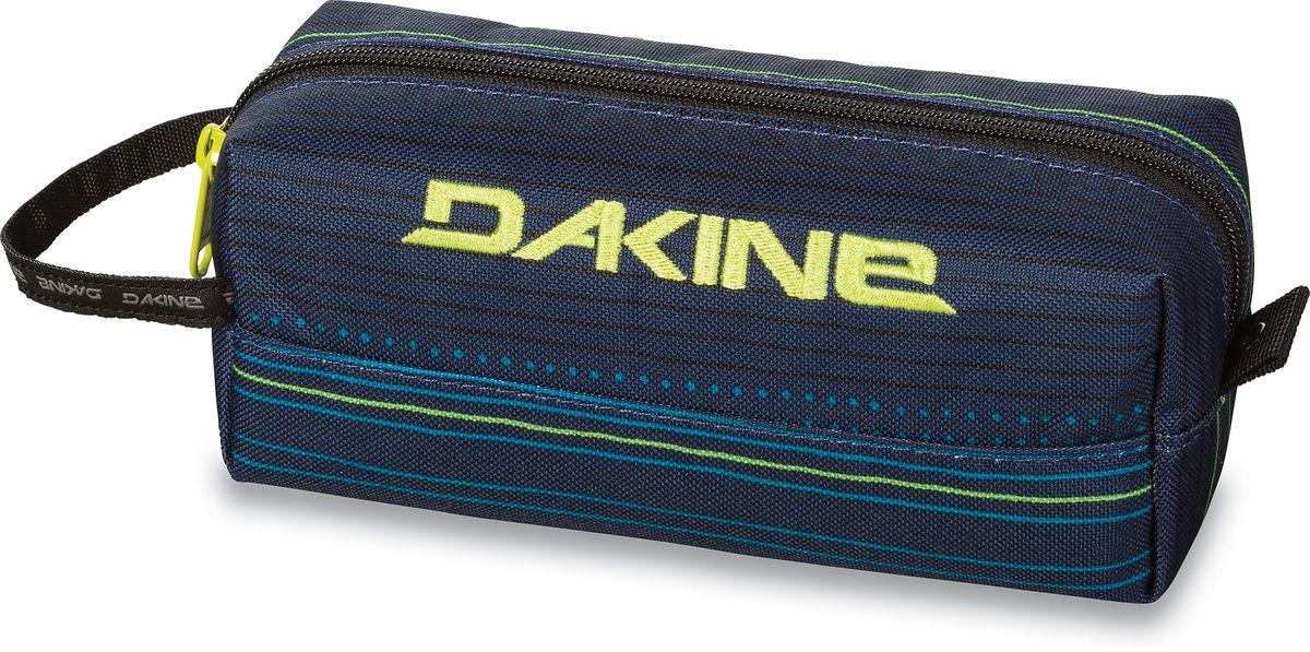 Сумка для аксессуаров Dakine Accessory, цвет: темно-синий, мультицвет, 0,3 л332515-2358Сумка для аксессуаров Dakine Accessory выполнена из полиэстера и застегивается на молнию. Можно использовать в качестве пенала, косметички, сумочки для проводов.
