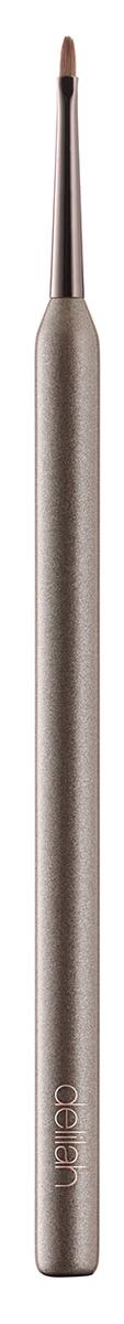 Delilah Кисть для подводки1301210Это тонкая кисточка позволяет нарисовать идеально ровную линию подводкой на водяной или гелевой основе. Конусовидный кончик и удобная большая ручка помогут нанести лайнер быстро и просто.