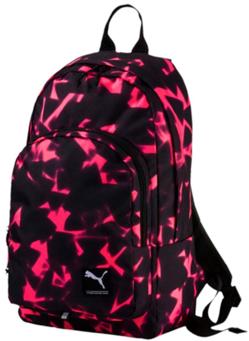 Рюкзак Puma Academy Backpack, цвет: малиновый, черный. 07298843S76245Рюкзак Puma Academy Backpack очень удобен для ежедневного использования и путешествий. В основном отделении имеется мягкий отсек для ноутбука. Регулируемые плечевые ремни изогнуты для комфортного использования, а мягкая прослойка служит для равномерного распределения нагрузки по спине. На лицевой стороне рюкзака находится логотип Puma.
