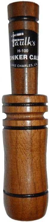 Манок Faulks на гуся. H-100162Манок Faulks H-100 на гуся. Арт. H-100Манок Faulk`s H-100 для охоты на гуся может использоваться для приманивания практически всех пород гусей. Духовой манок изготовлен из древесины грецкого ореха. Отличается великолепным мягким зазывным тембром и чистотой звука. Живое звучание манка на гуся на низких частотах особенно подходит для подманивания гуся гуменника. Низкочастотное бормотание гусей воспроизводимое манком для охоты на гуся также характерно и для самки белолобого гуся.Начните освоение манка с самого простого: регулируя силу выдоха в широкую часть манка добейтесь чередования звуков низкого и высокого тона. Сильный, резкий выдох обеспечивает звук высокого тона. Типичный гусиный сигнал высокий звук, немедленно следующий за низким.Все манки Faulk`s настроены вручную, не боятся влаги и проверены опытными специалистами.Материал изготовления: дерево (грецкий орех)Цвет: коричневыйПодвес в комплекте: нетВес манка без упаковки: 30 гВес манка с упаковкой: 70 гДлина манка: 13,2 смРазмер упаковки (ДхШхВ): 20,5х13х3
